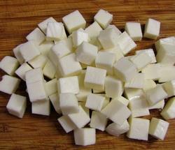 Сир кубиками