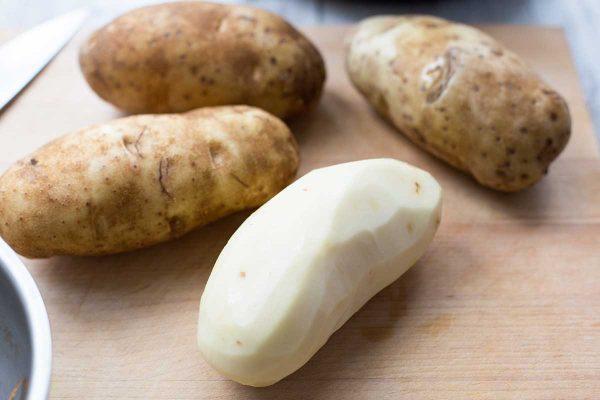 Очищенный картофель для картофельного пюре быстрого приготовления